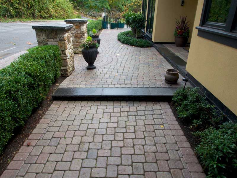 Comox Valley Landscape Company - Paving Stone Installation Services